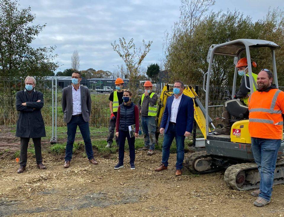 Rencontre entre le député Bertrand SORRE et les professionnels du paysage à l'occasion d'un chantier-école avec les CS Construction Paysagère